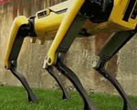 boston-dynamics-laat-superrealistische-robothond-spotmini-zien-(video)